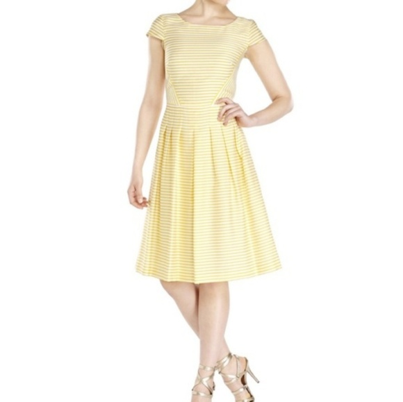 Anne Klein Dresses & Skirts - Anne Klein Yellow Striped Cap Sleeve Dress 3321
